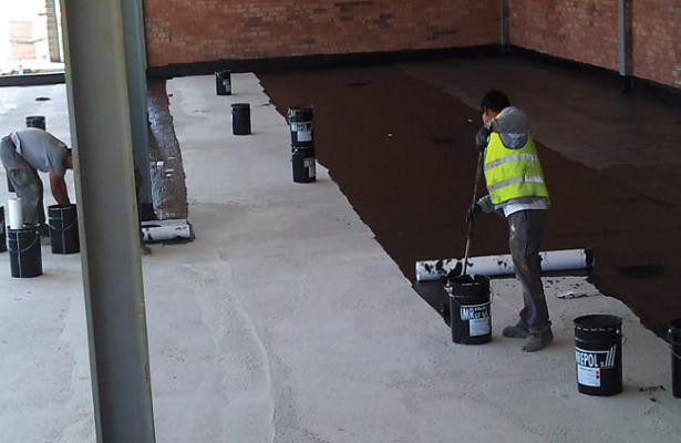 WATERPROOFING SUPPORT COLD-STORAGE CHAMBER<br> Casa Tarradelles. Vic